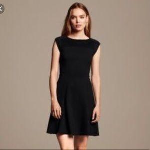 💋Banana Republic perfect black flare dress!!💋